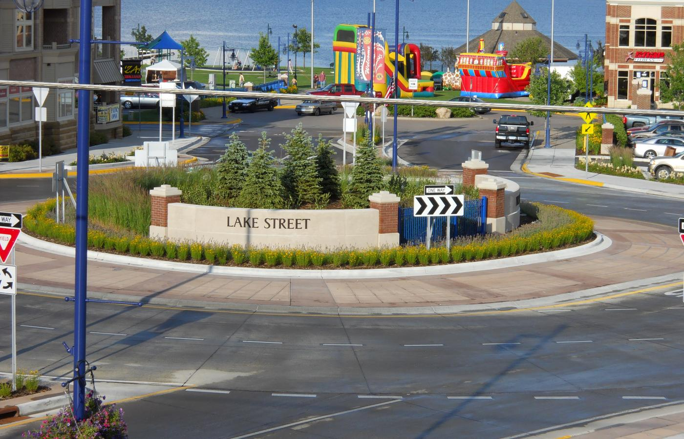 Forest Lake Roundabout - 5