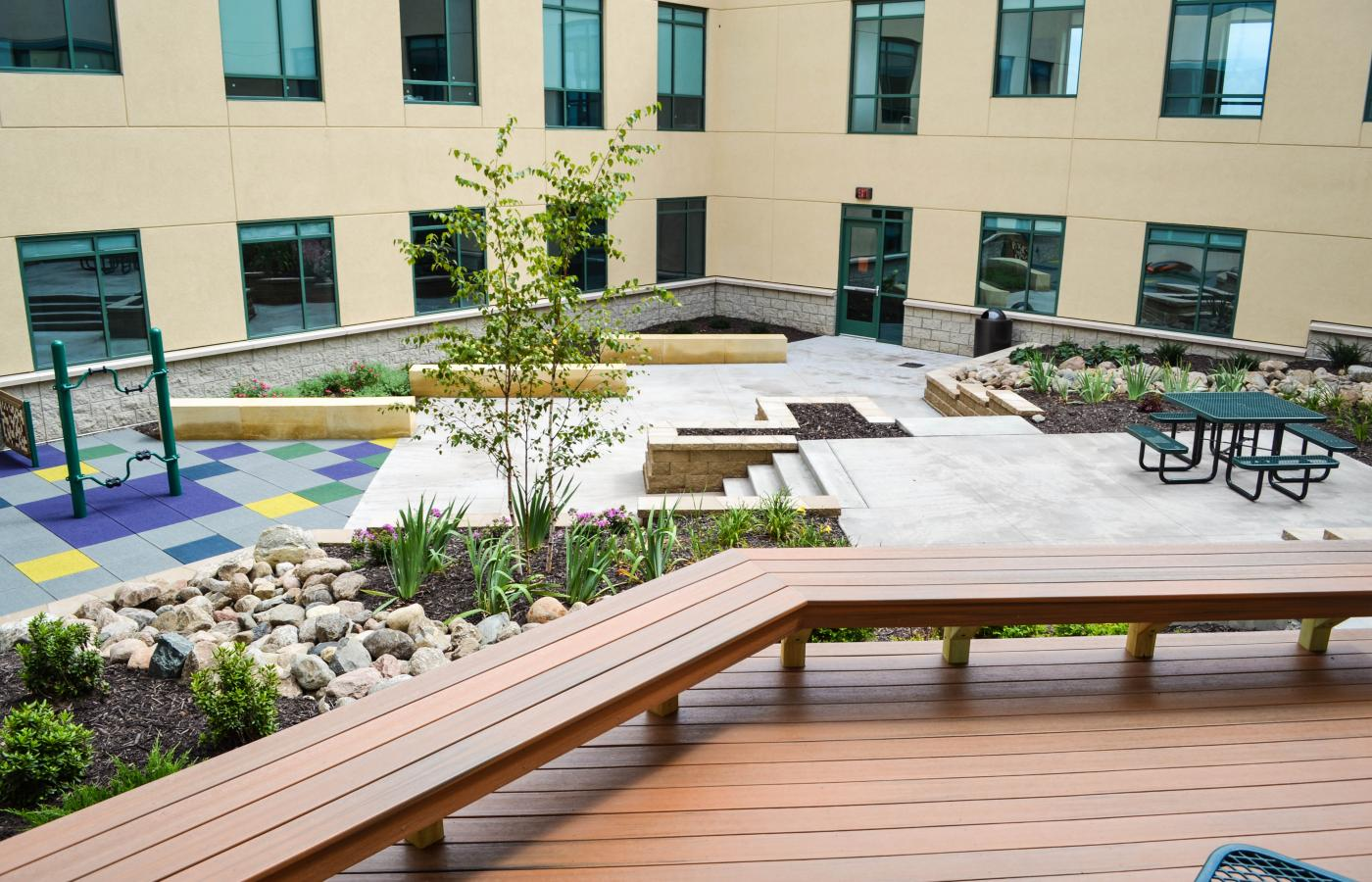 Fairview Medical Center Courtyard - 2