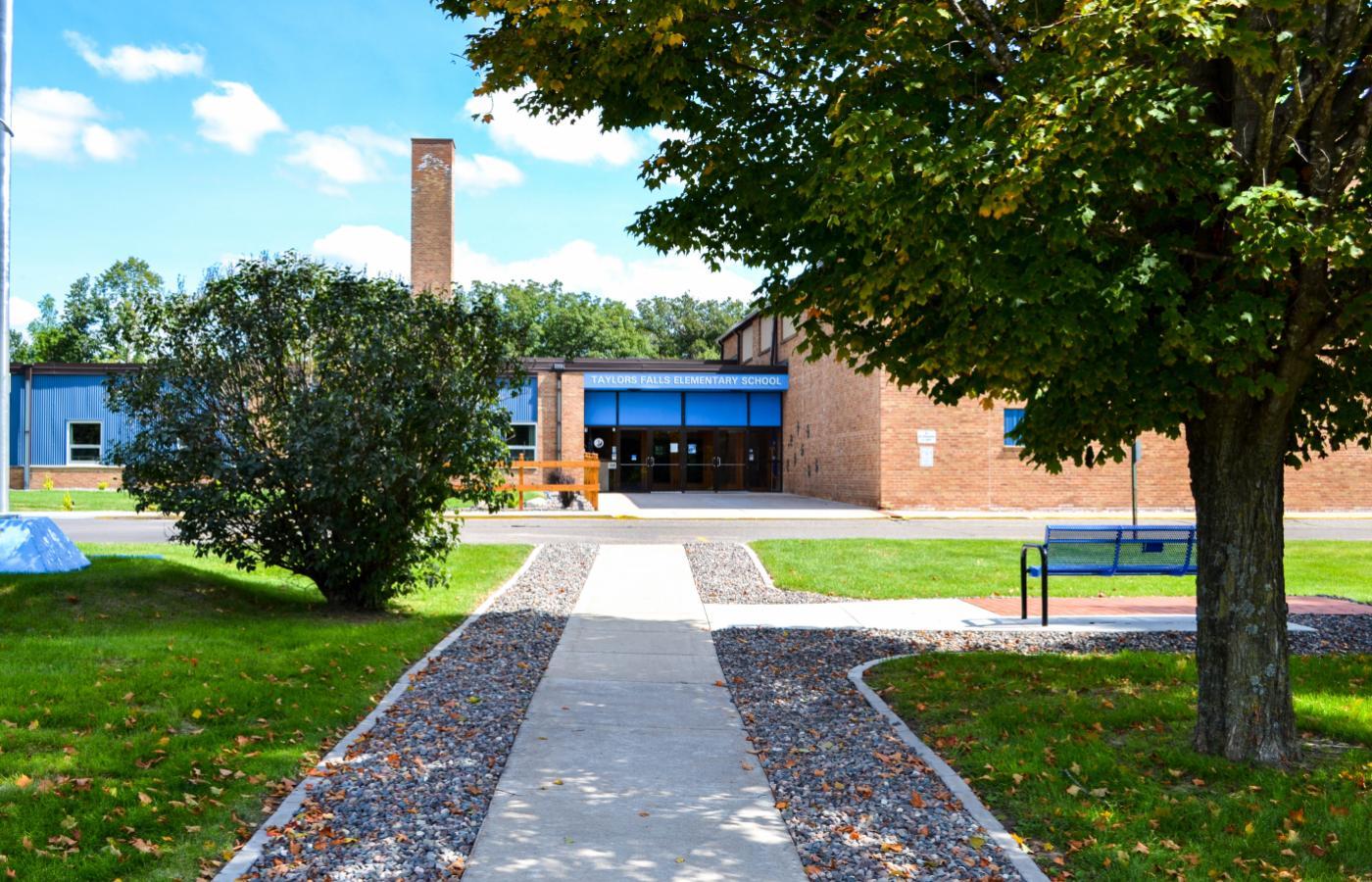 Taylors Falls Elementary - 3