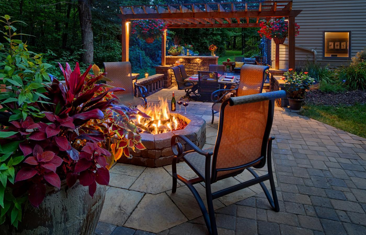 Bonfires & Barbecues - 4